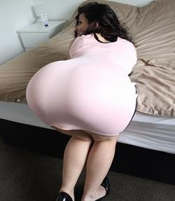 thebigassgirl-classy-figure-dress-booty